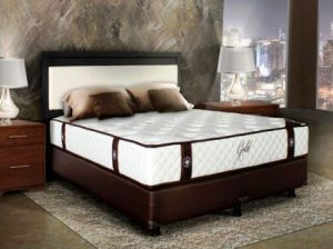 harga spring bed central new gold maestro