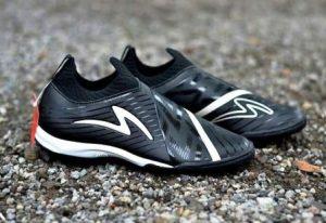 harga sepatu futsal specs accelerator