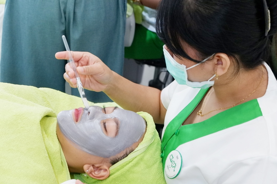 Harga infus whitening naavagreen